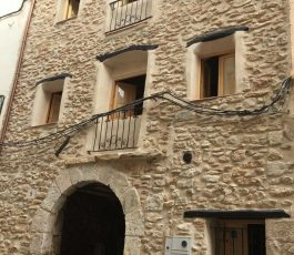 "Traditional Spanish Village House totally restored into 3 apartments "" Reduced """